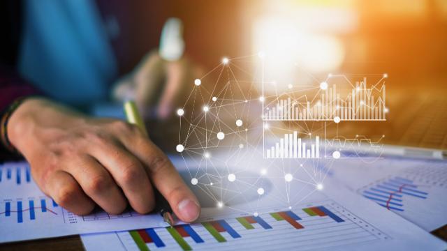 Monitoring the Financial Close Process